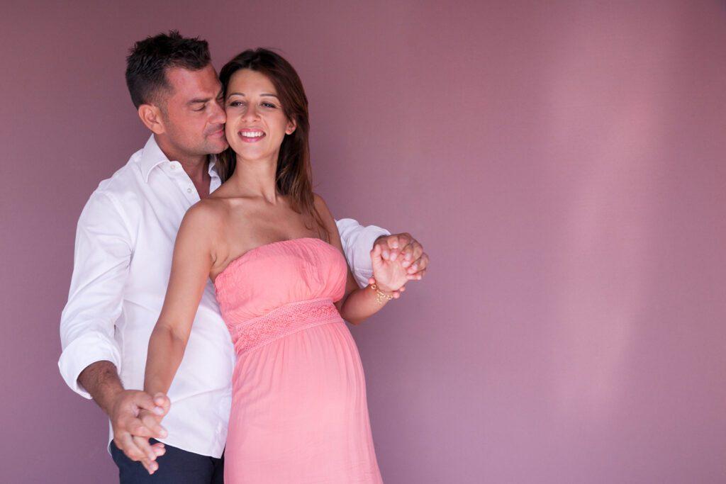 122Wapp PregnancyPhoto- Ami Elsius