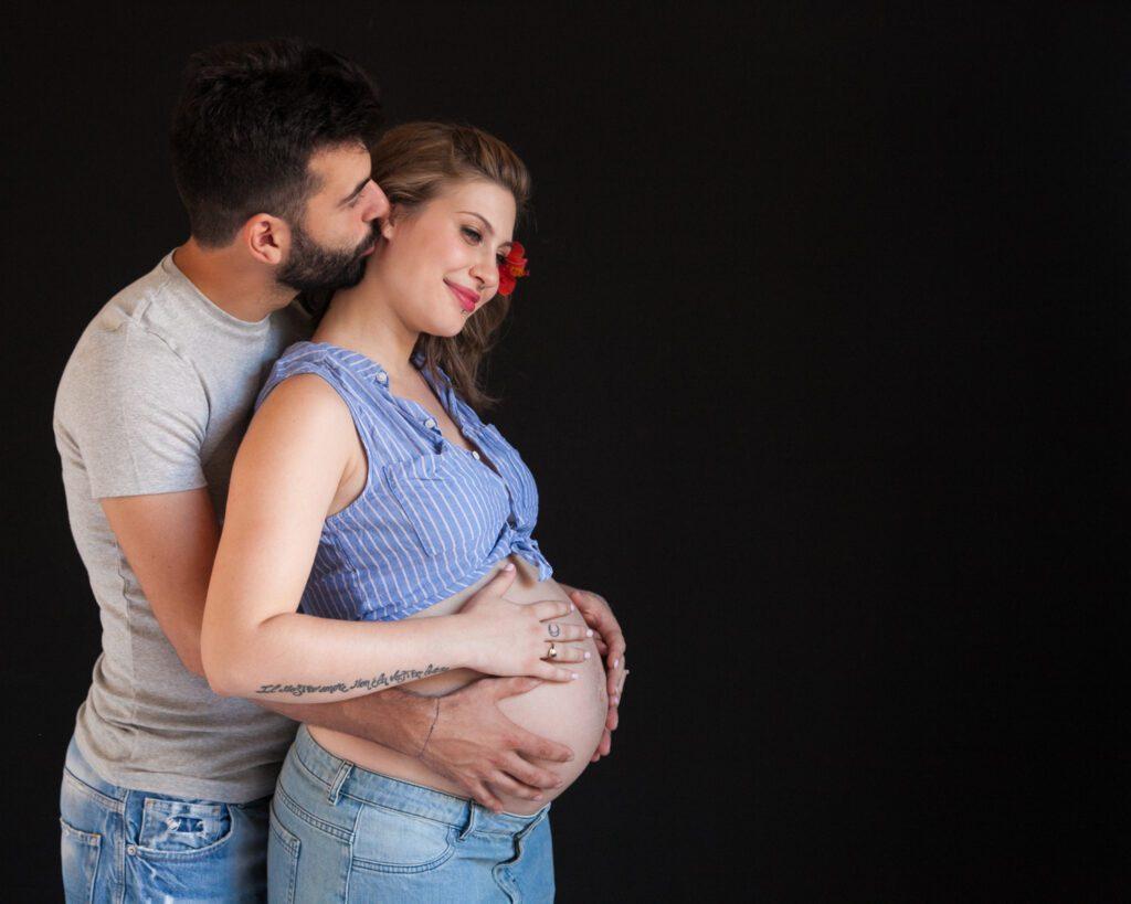 Maternity portrait Andie Nitro 9 months pregnant.